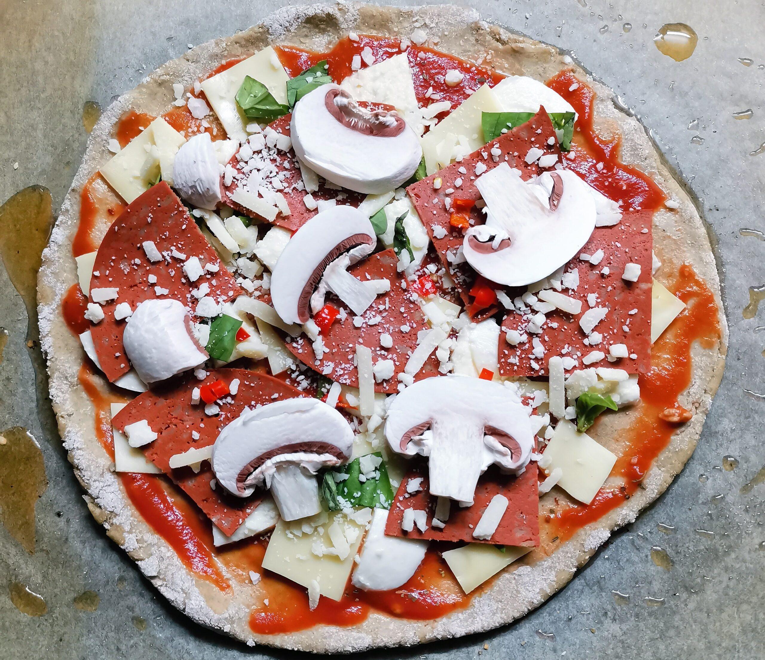pizza ze žitné mouky