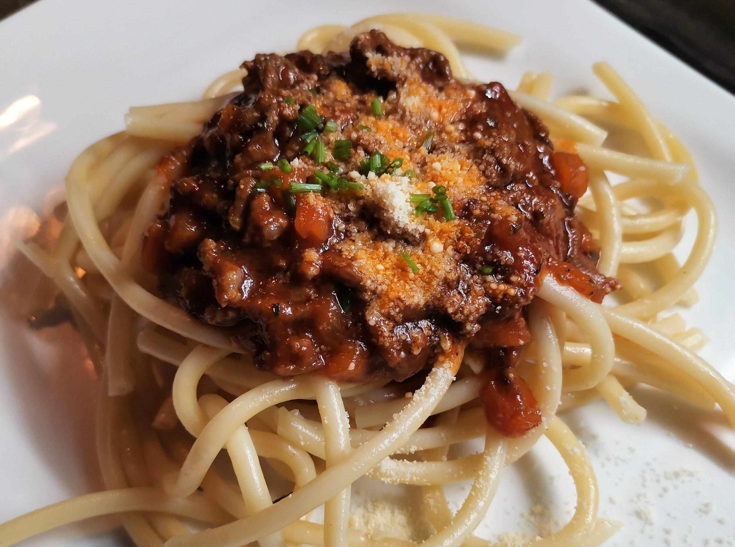 Boloňská omáčka se špagetami