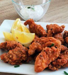 Pikantní kuřecí stripsy jako z KFC (bez cornflakes)